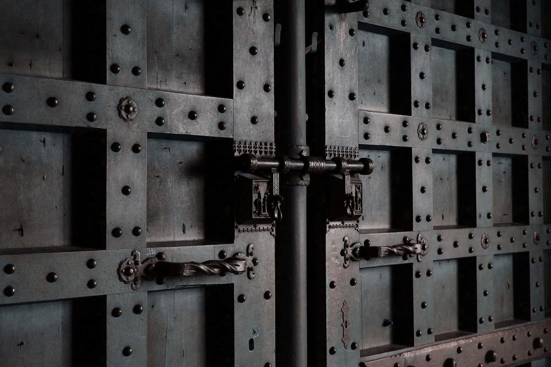 UTM-Firewalls und VPN-Gateways - Unified Security