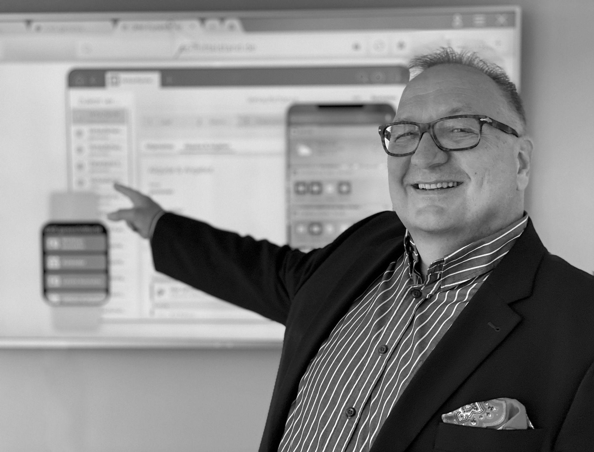 Geschäfts-Prozesse clever und digital gestalten.