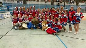 Willkommen!   Lions Cheerleader