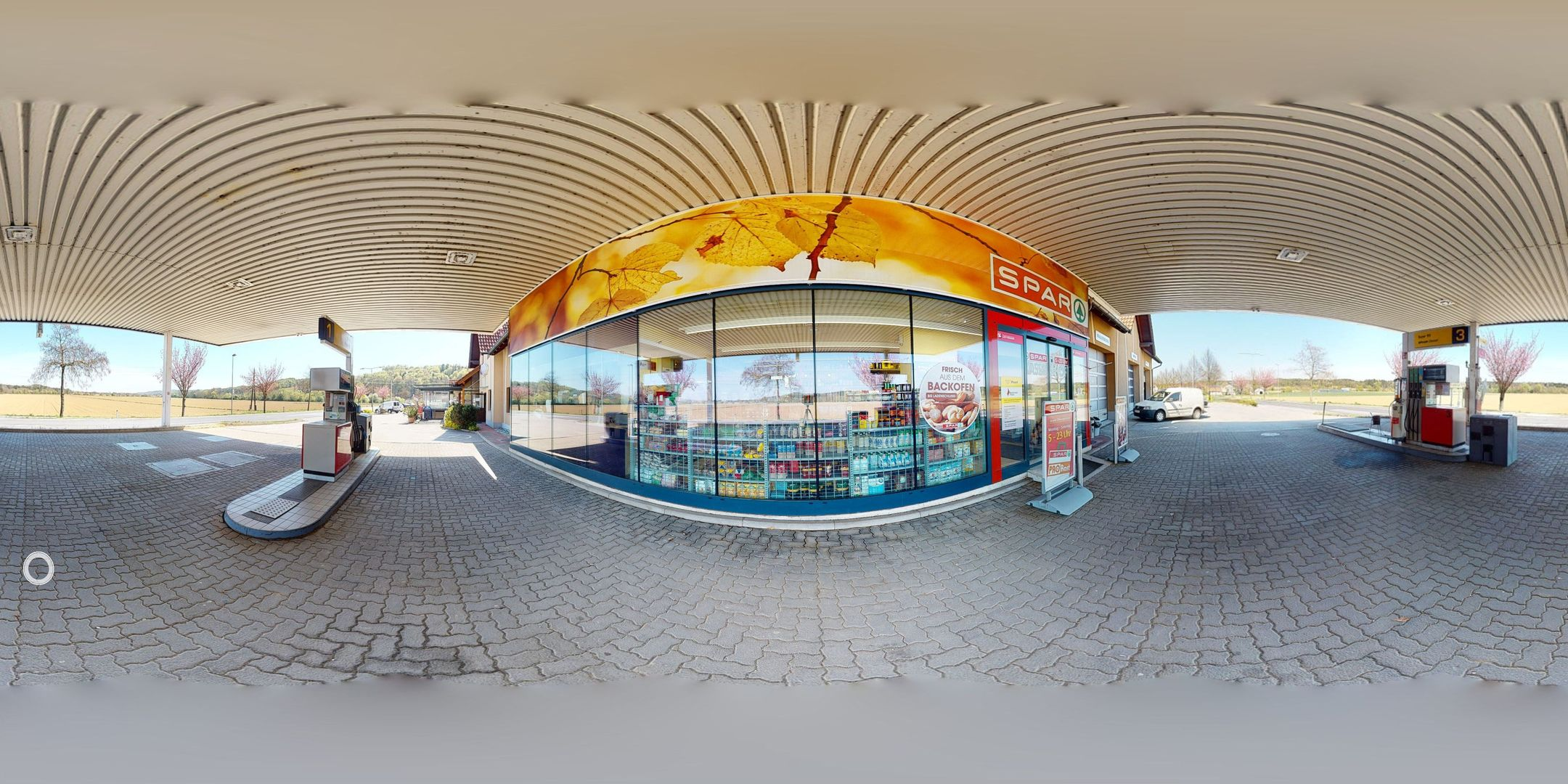 Tankstelle - Spar Supermarkt - Bistro -