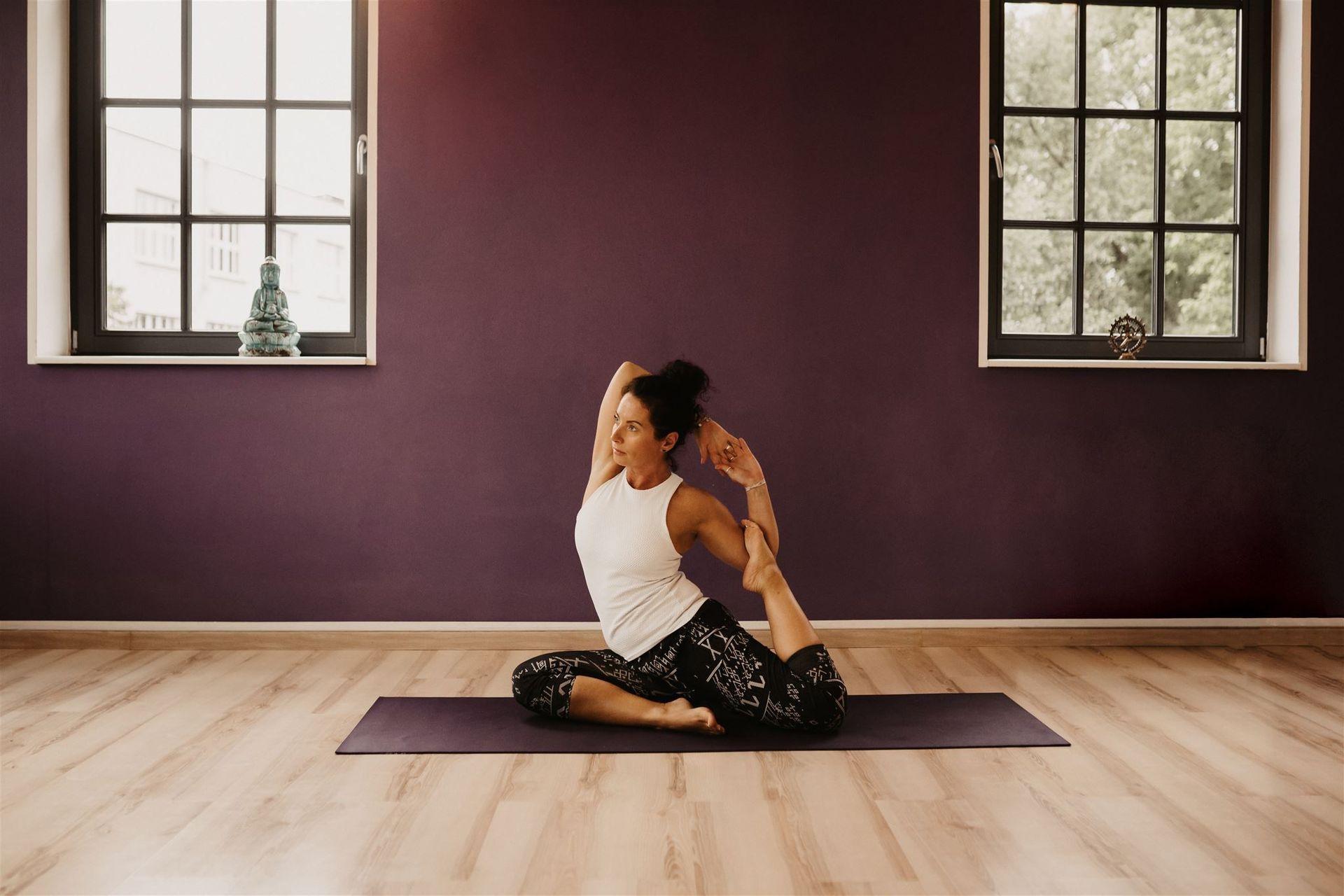 Kontaktieren Sie uns | Yoga Raum Wipp