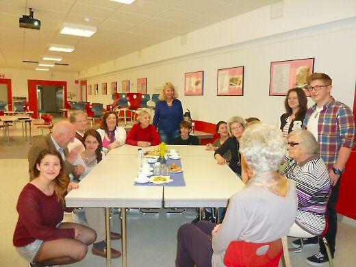 Schüler treffen Senioren