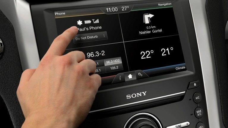 Ford SYNC 2 mit Touchscreen & Sprachsteuerung -