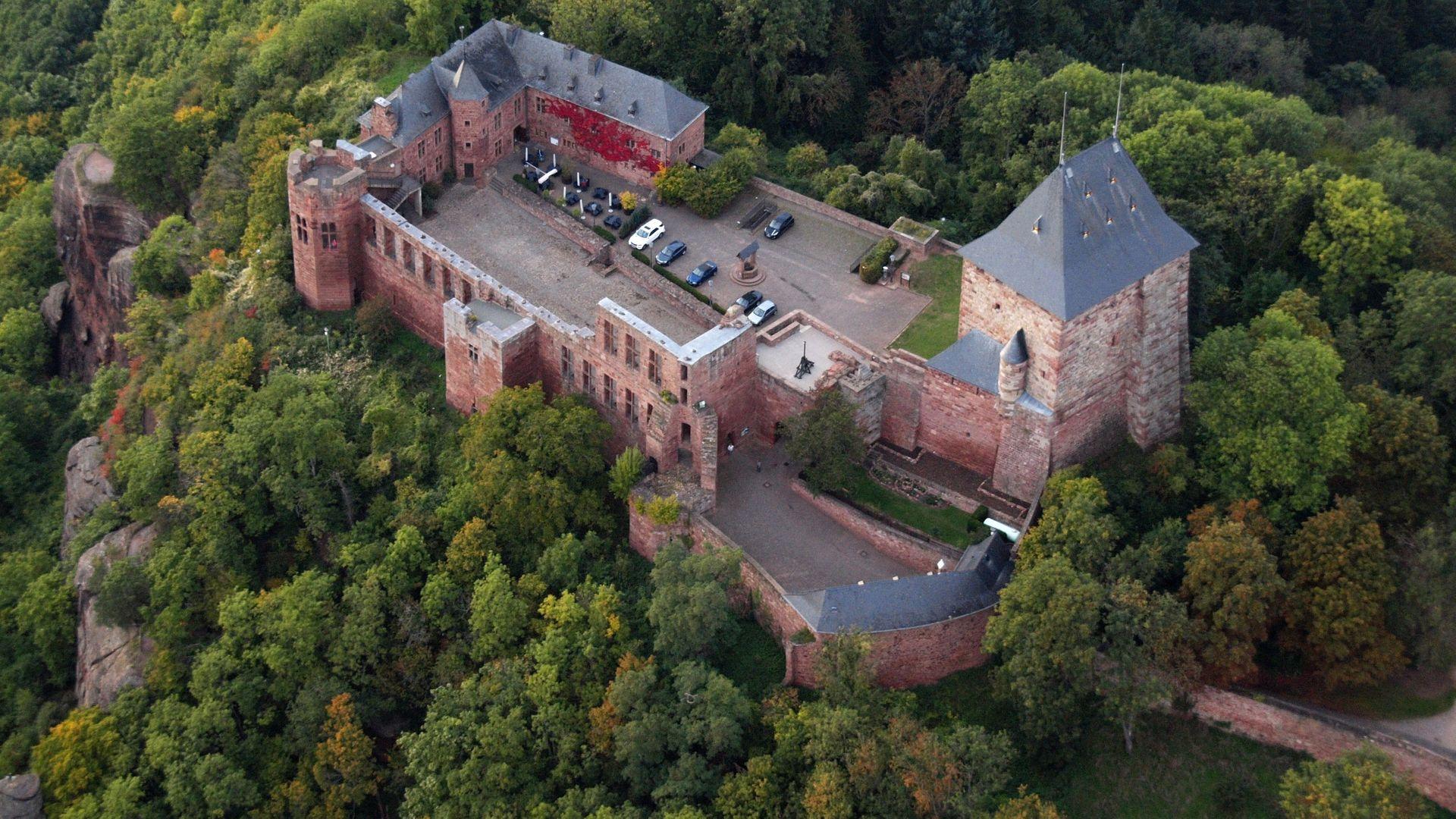 Burg Nideggen   nideggen.digital