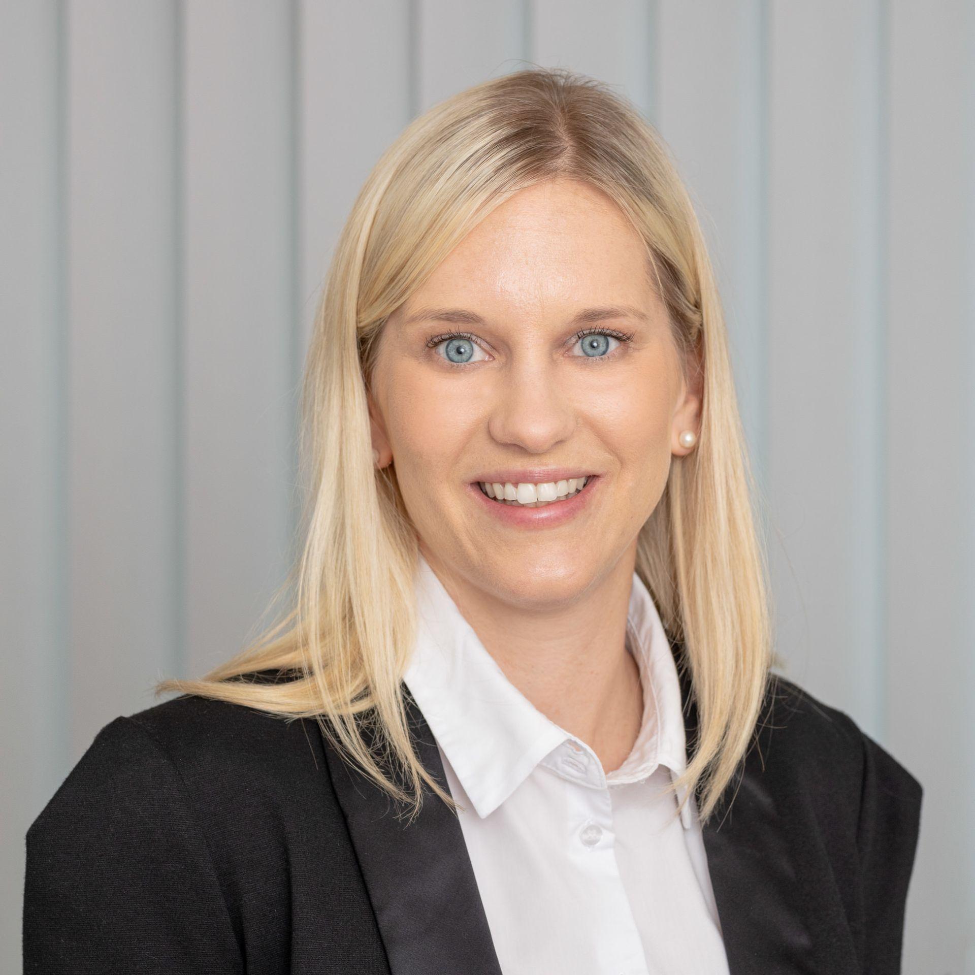Rechtsanwältin Nina Schmitt | kanzleipraest