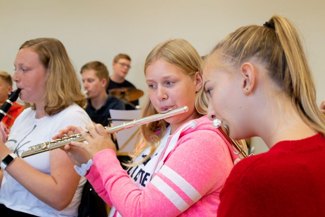 Die Fakten - Musikalische Ausbildung | Husaren