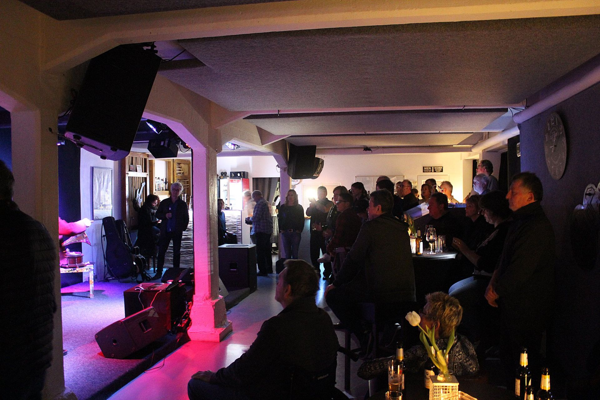 Buena Ressa Music Club in photos - Bilder