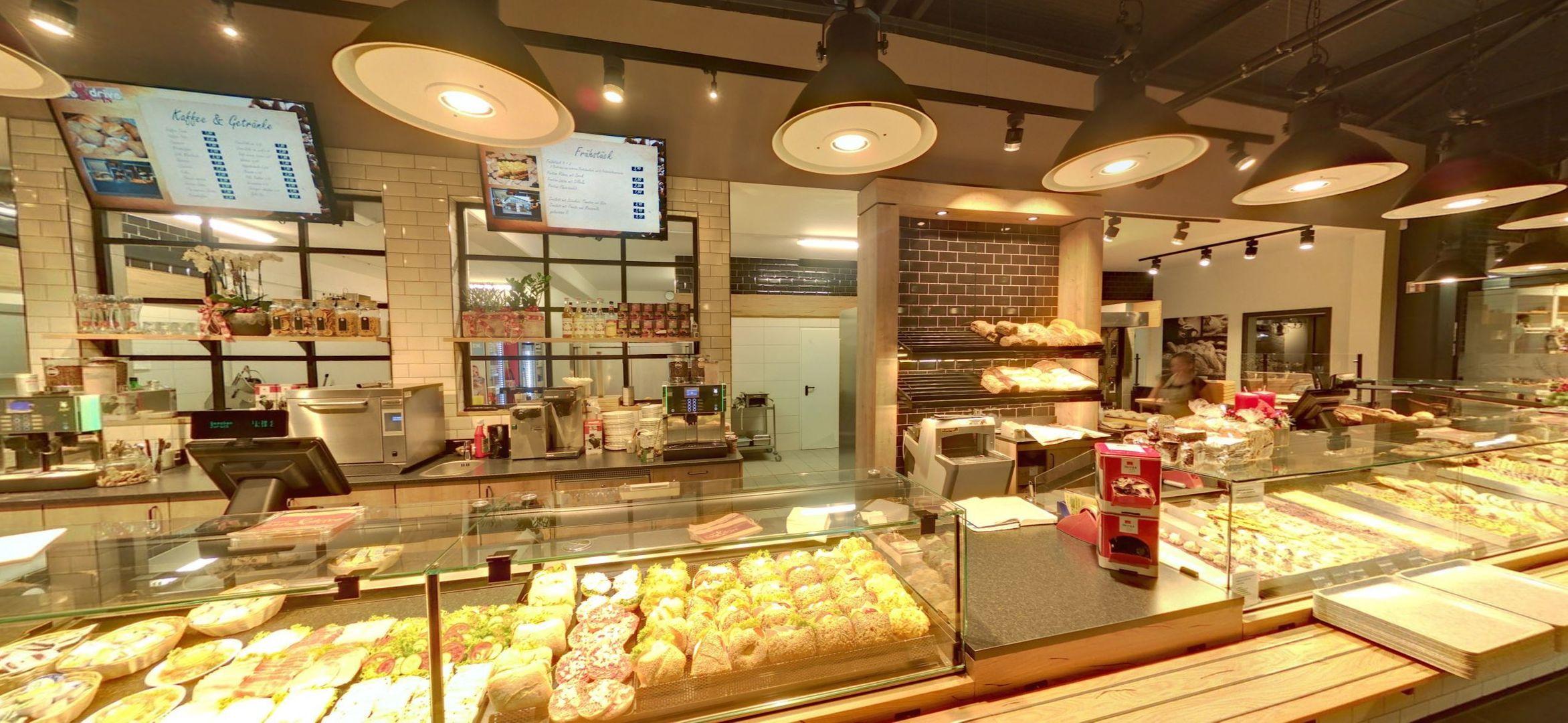 Herzlich Willkommen! | Café & Drive In