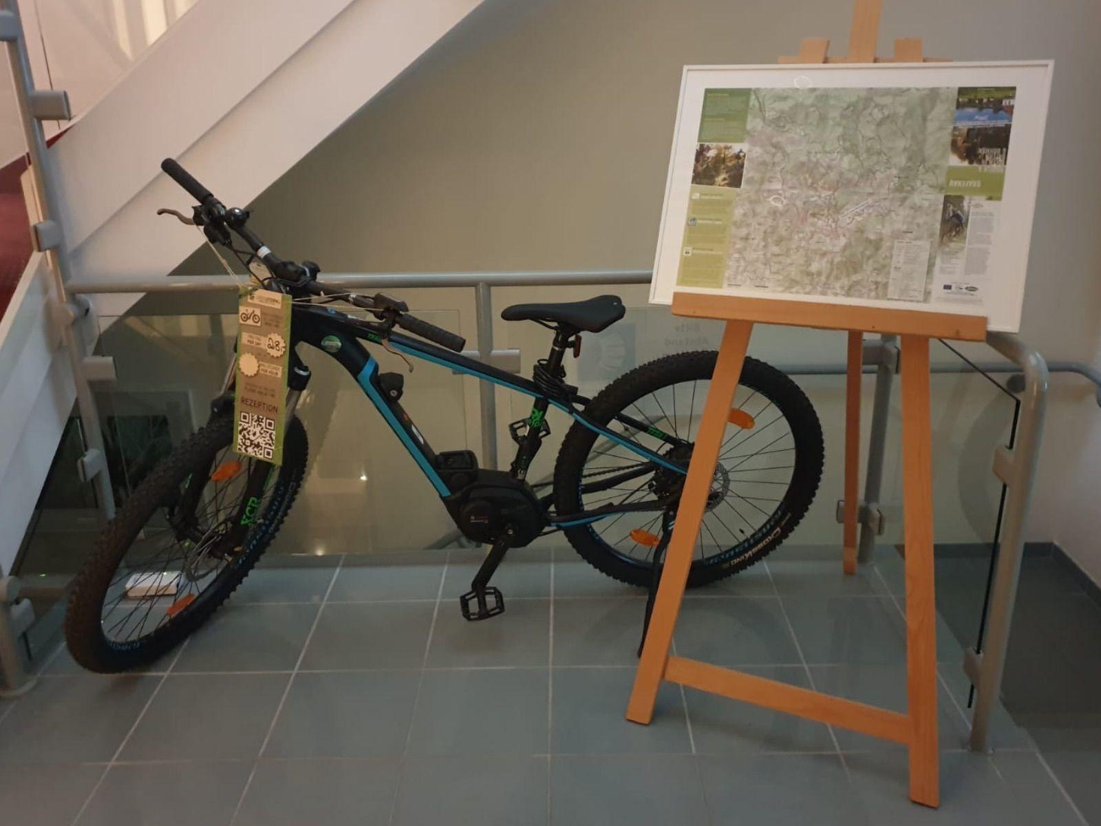 leihen Sie hier Ihr nagelneues Mountain-E-Bike -