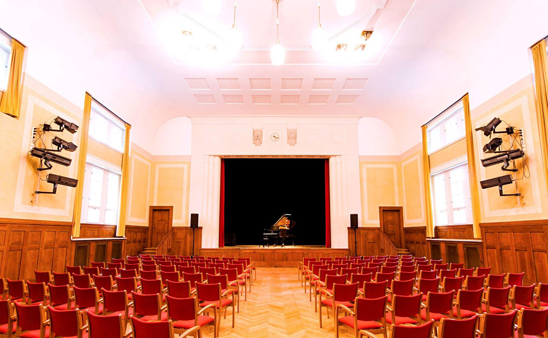 Unser kleines Theater Haar - Das Theater