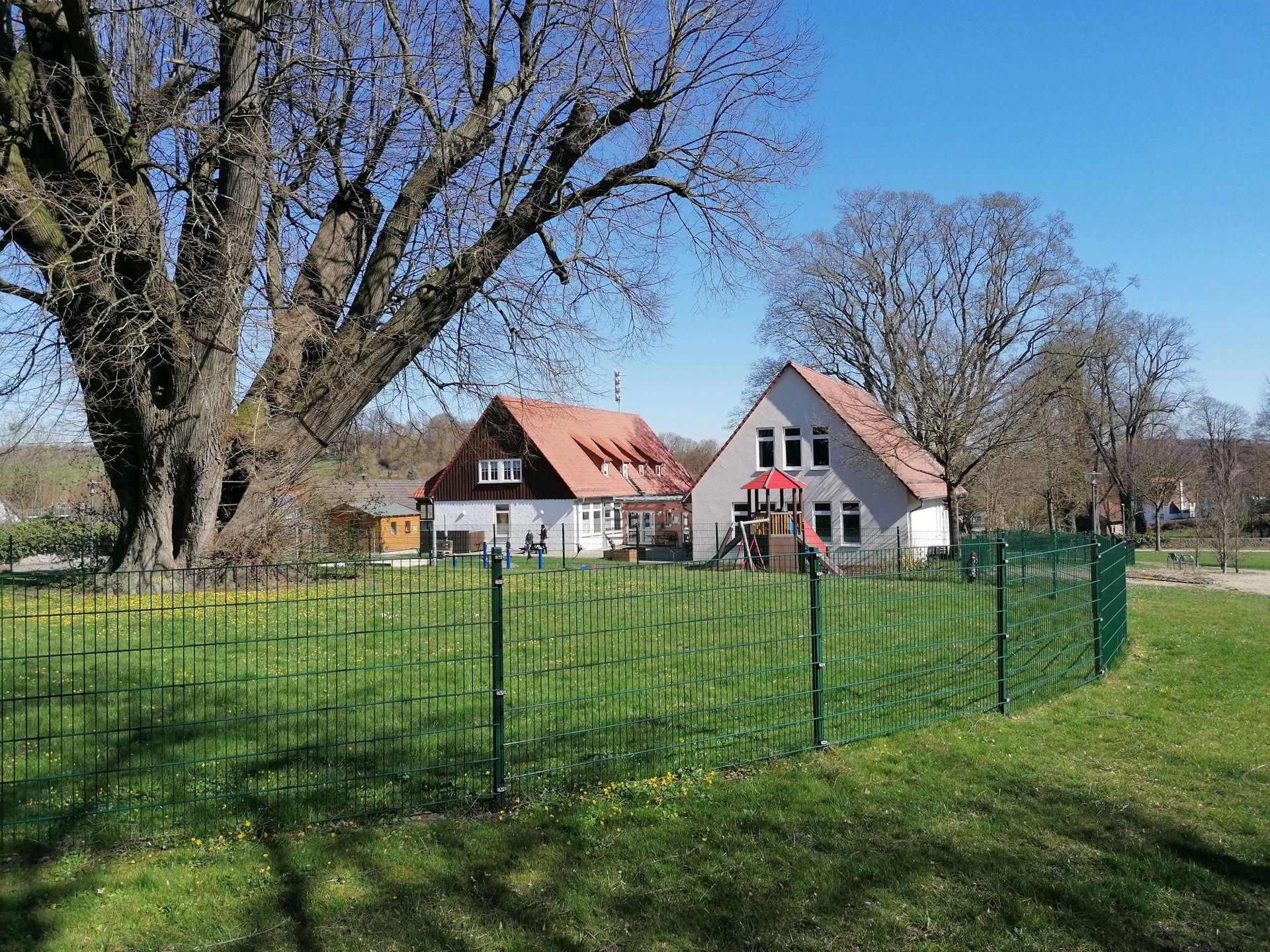 Kindertagesstätte | Brakel-Gehrden