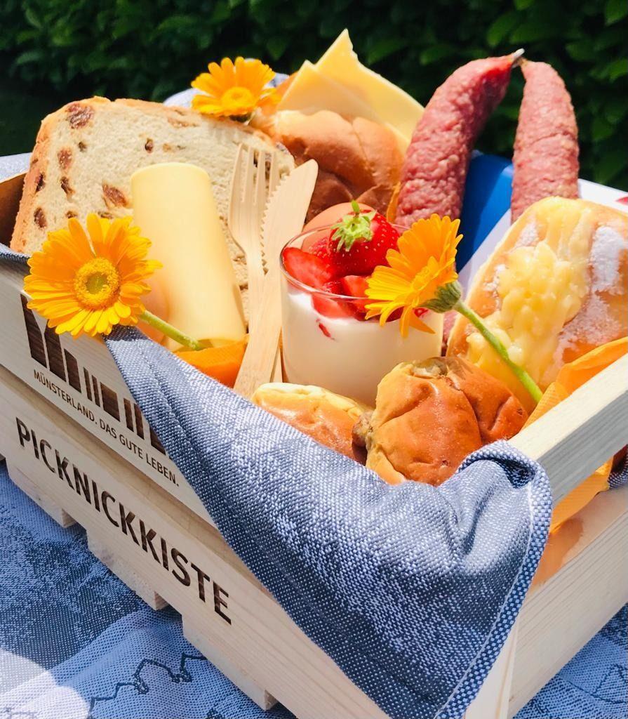 Deutsch-Niederländisches Picknick auf der