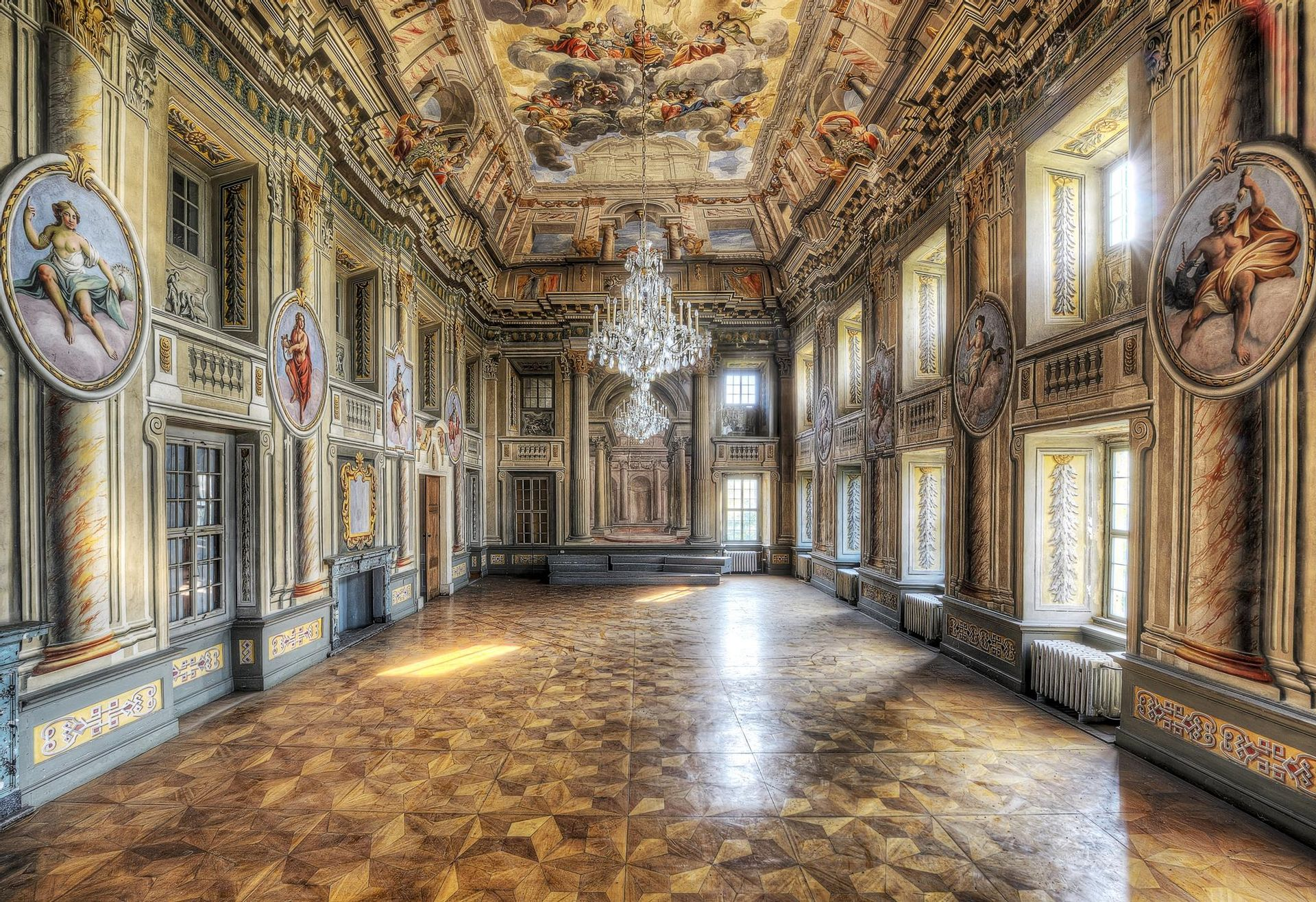 Herzlich Willkommen! | Schloss Crossen