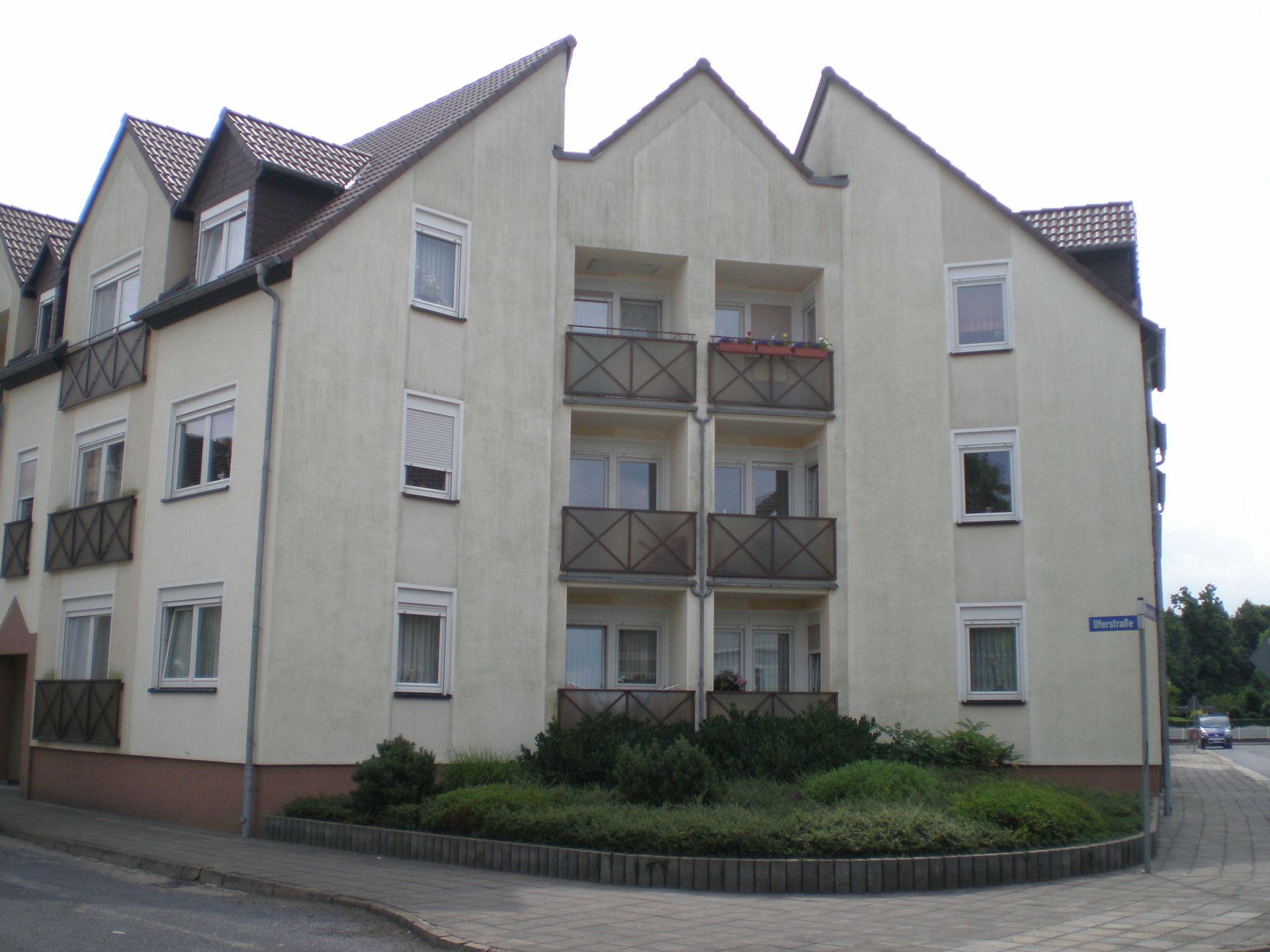 Wohnungen und Häuser zum Mieten und Kaufen in