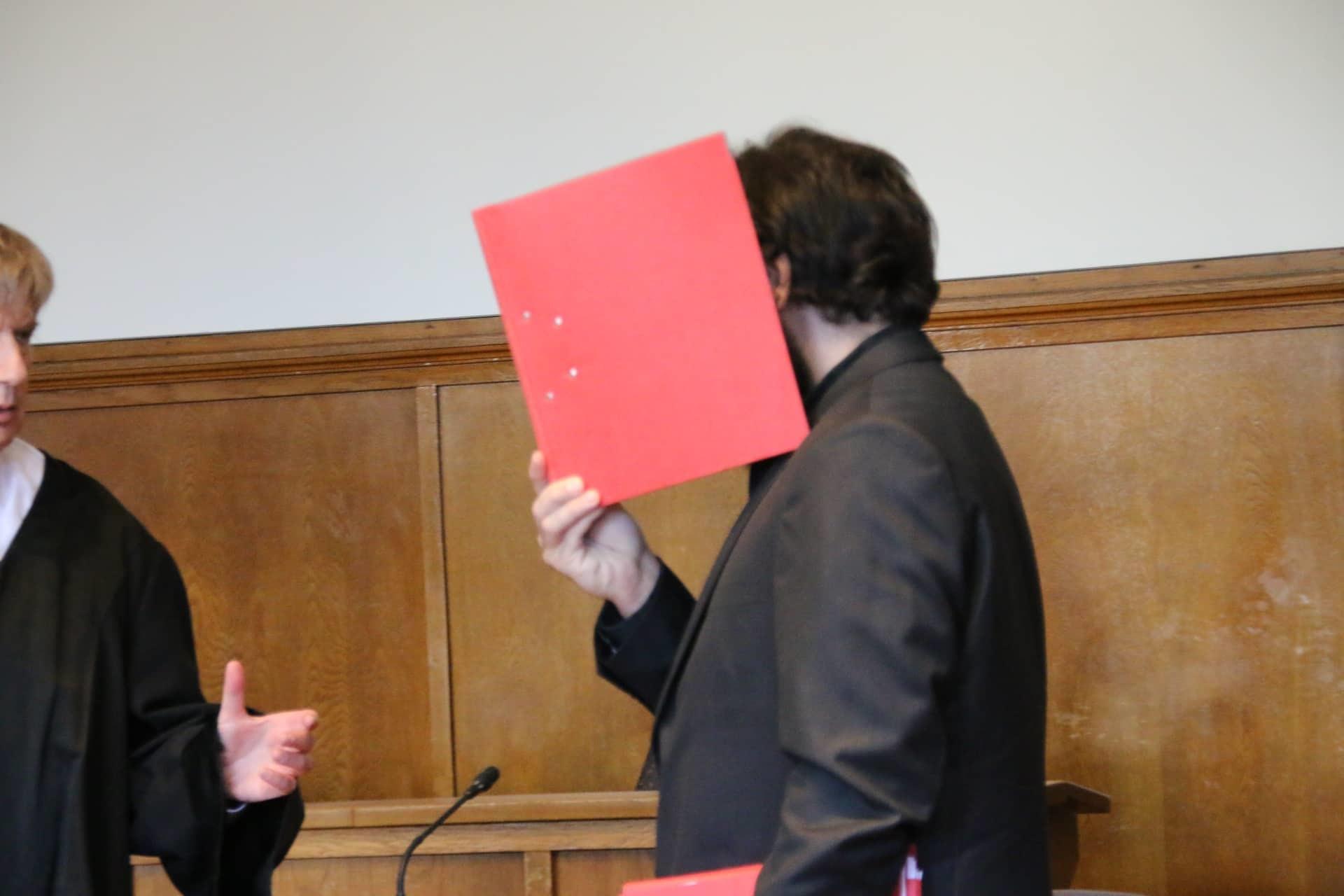 Axtmörder von Bischmisheim wegen Mordes vor dem Landgericht